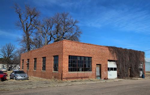 Garage - Trumbull, NE