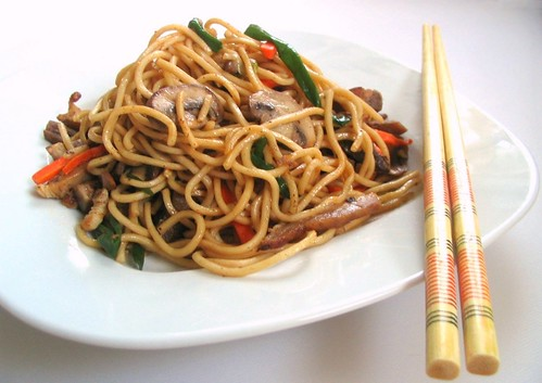 Nook & Pantry - A Food and Recipe Blog: Chinese Fried Noodles