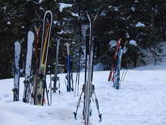 snowshoe(0.0), footwear(0.0), piste(0.0), recreation(0.0), outdoor recreation(0.0), ski equipment(1.0), winter sport(1.0), nordic combined(1.0), ski cross(1.0), winter(1.0), ski(1.0), skiing(1.0), sports(1.0), snow(1.0), ski touring(1.0), ski mountaineering(1.0), cross-country skiing(1.0), downhill(1.0), telemark skiing(1.0), nordic skiing(1.0),