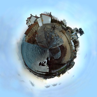 planet of sandycove harbour