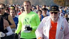 744 maratonů a ultramaratonů – běžecká legenda zemřela ve svých 96 letech