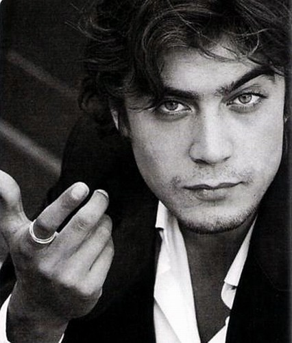 Riccardo Scamarcio - Wallpaper Actress