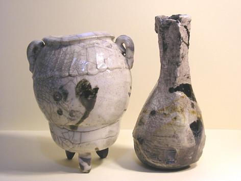 Pot and Bottle (Vasija y Botella)