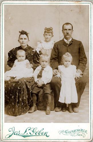Grannie Strader family of 6