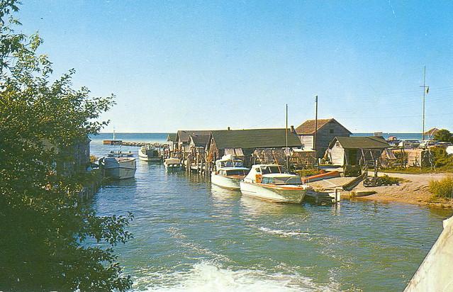Leelanau leland fishtown flickr photo sharing for Lake leelanau fishing