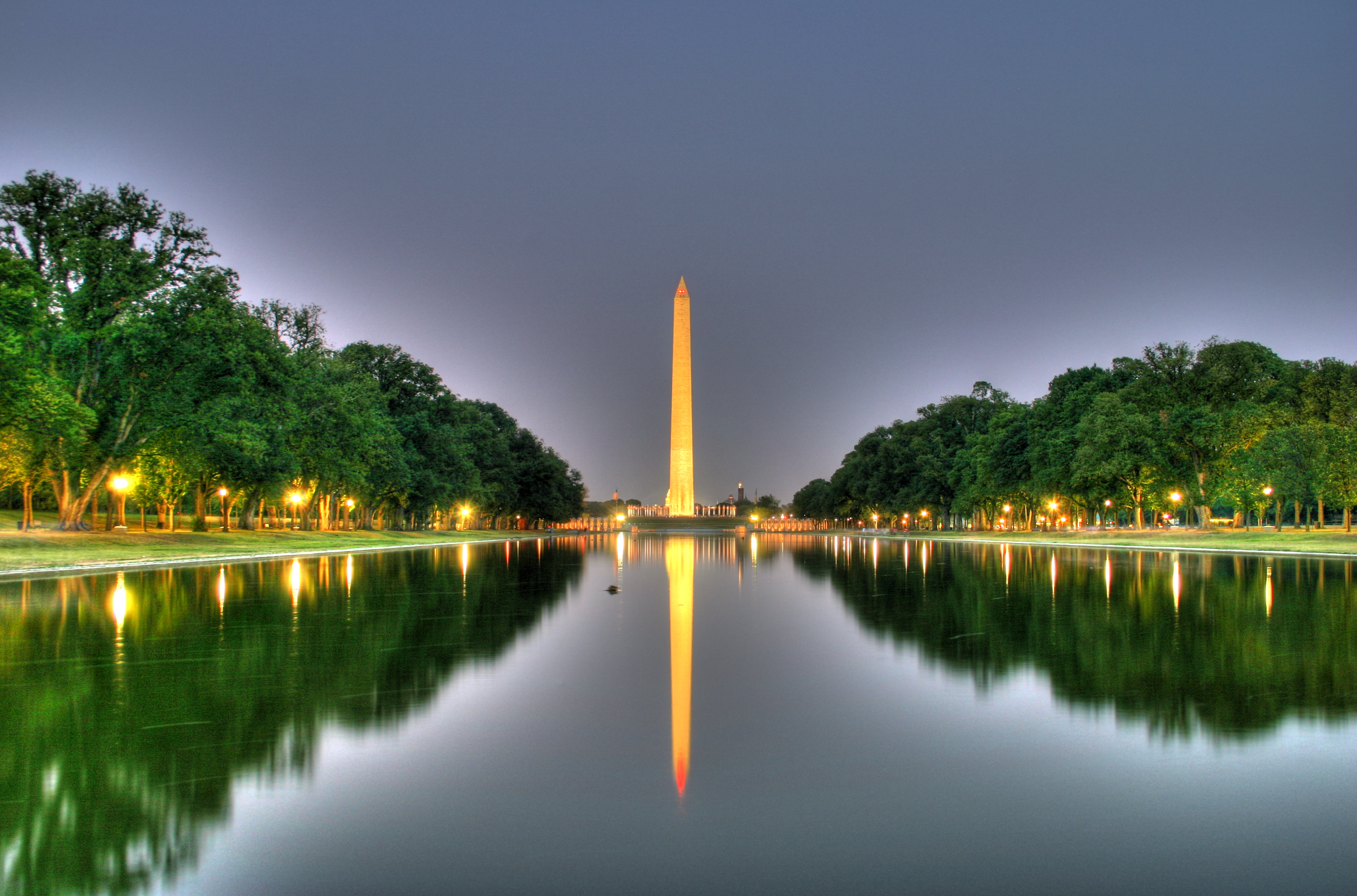 Back to photostream - Reflecting pool ...