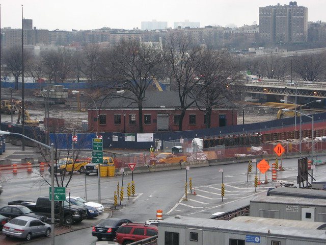 Macombs Dam Park under construction in December 2007 during the building of the new Yankee Stadium. Flickr/Benjamin Kabak