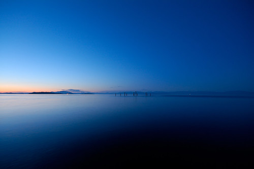 ocean blue sunset canada landscape spring bc britishcolumbia vancouverisland poles lantzville goldenphotographer bryntassellca bryntassell top30blue