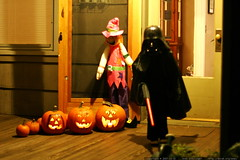 scarecrow laughing at darth vader?    MG 5723