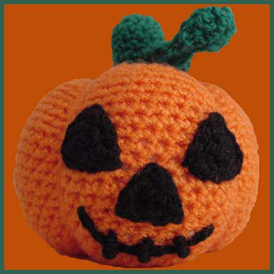 Amigurumi Pumpkin Crochet Pattern : AMIGURUMI CROCHET PATTERNS PUMPKIN Crochet Patterns Only