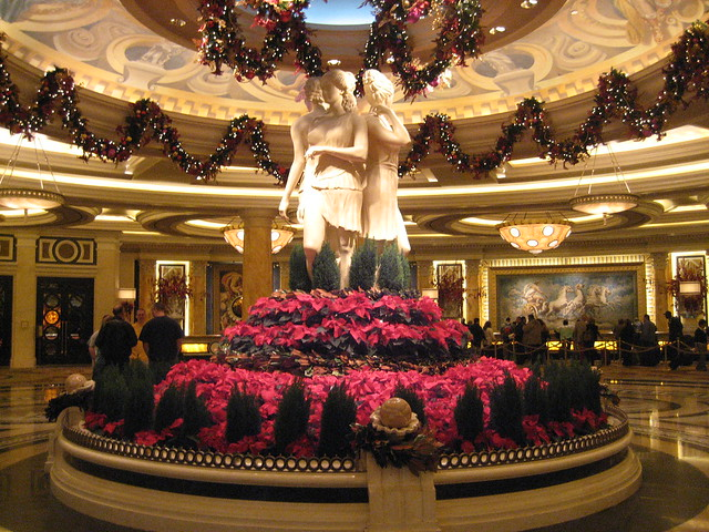 Christmas decorations in las vegas flickr photo sharing for When does las vegas decorate for christmas