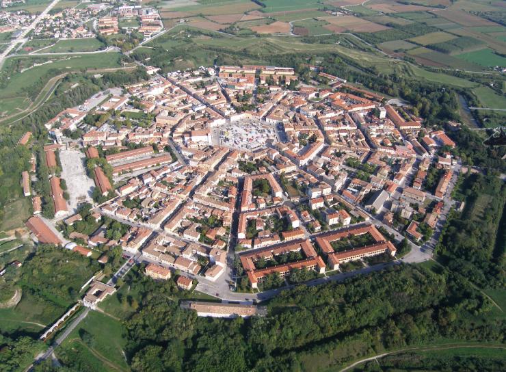 Ciudades con forma de estrella taringa for Jardines venecia