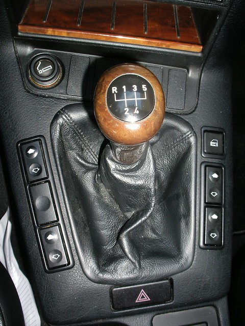 how to drive manual shift