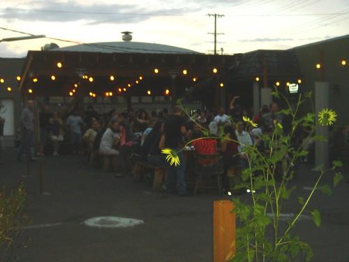 Best outdoor bar patios in portland many suggestions for Patios portland oregon