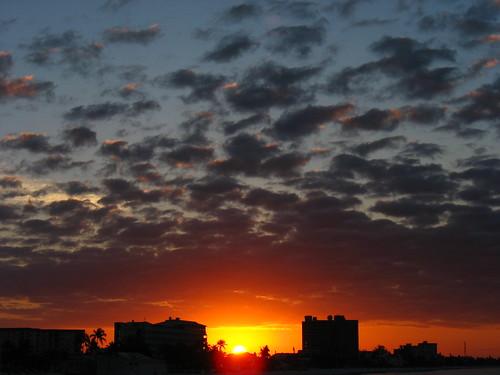 sun beach up sunrise fort myers iblee ftmb fortmyersbeachpier leeleblanc