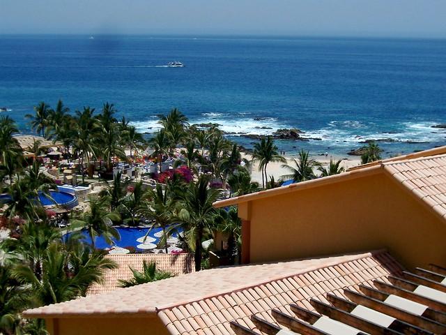 Fiesta Americana Grand Coral Beach Resort Spa