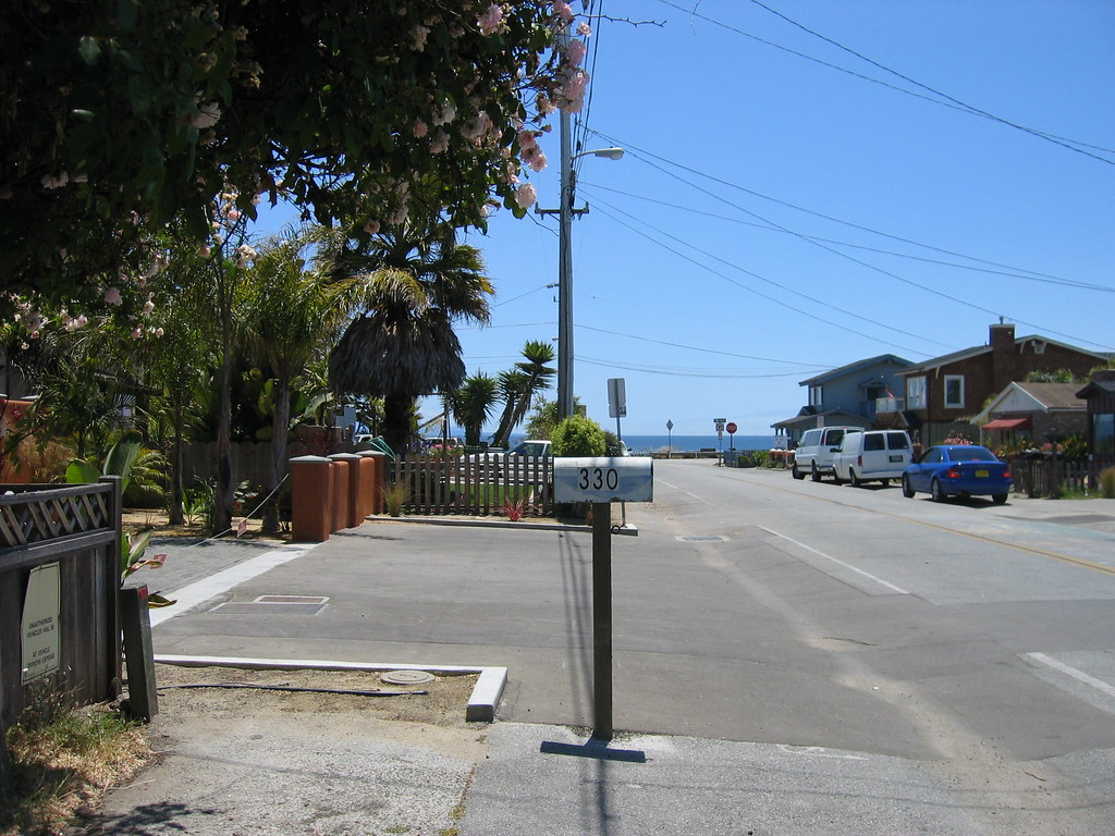 Old bluey at the end of the street