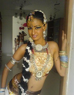Crossdressing in lankan way