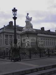 Monument, Martyrs' Square - Place des Martyrs - Martelaarsplaats 9