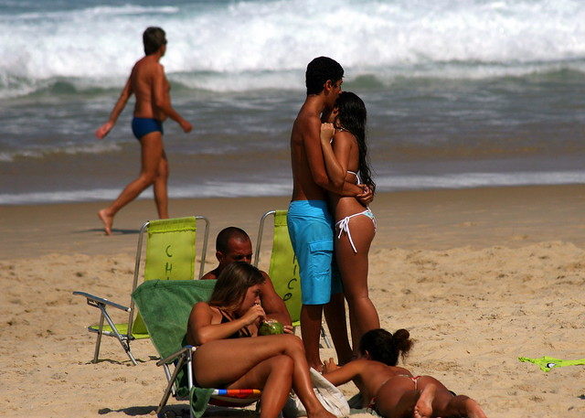 nude family - allanrozaro