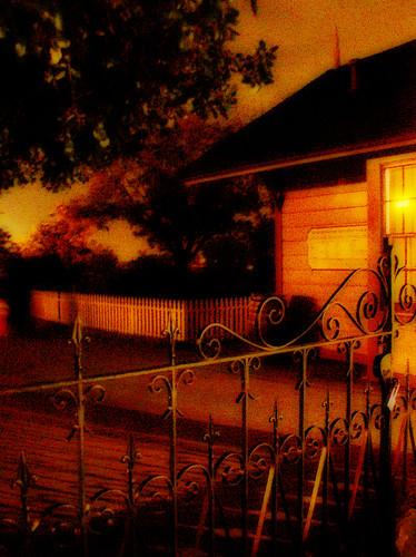 halloween creepy spooky handheld ardenwood vob muhuhahahahaha extremelowlightshotsprocessedextensivelyinphotoshoptogetyouinthemoodforhalloween
