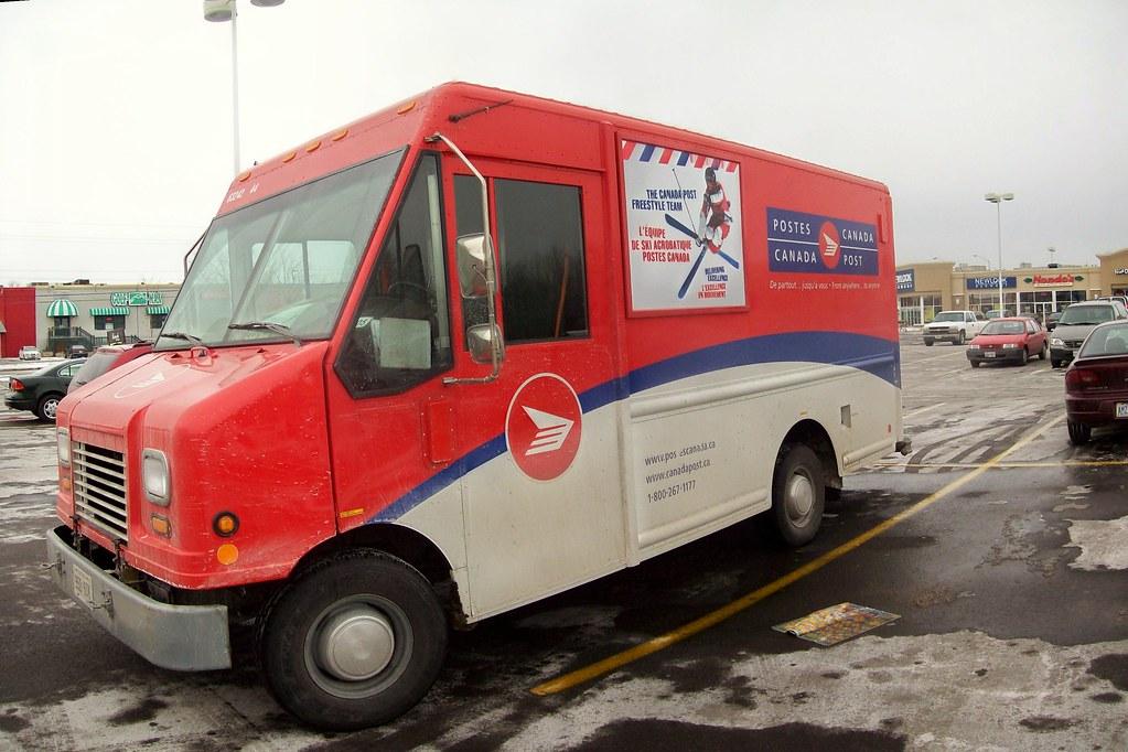 A Canada Post Grumman Step Van... - a photo on Flickriver
