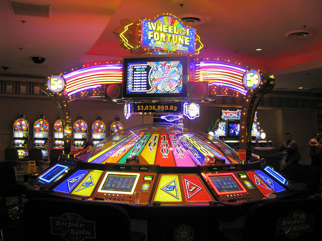 Wheel of Fortune Slot Machine - Flickr - Photo Sharing!