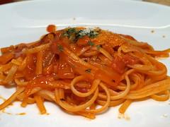 vegetable(0.0), bucatini(0.0), spaghetti(0.0), penne alla vodka(0.0), produce(0.0), carbonara(0.0), spaghetti alla puttanesca(1.0), pasta(1.0), pasta pomodoro(1.0), bolognese sauce(1.0), naporitan(1.0), pici(1.0), food(1.0), dish(1.0), cuisine(1.0),
