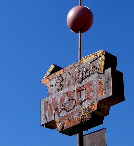 california abandoned hotel route66 1938 elcajon rusty motel americana arrow
