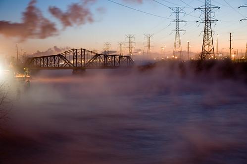 morning bridge winter usa chicago fog night train sunrise illinois rail steam southside littlevillage img0023jpg chicagosanitaryandshipcanal chicagoshipandsanitarycanal crawfordgeneratingstation