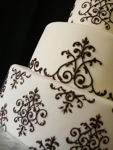 Cake Decorating Piping Design : Keema s blog: Last week we shared Annie and Christian 39s ...