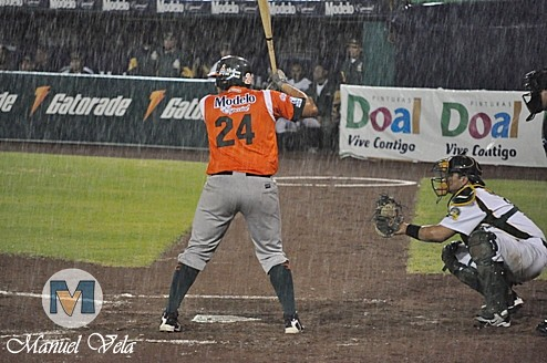 DSC_0492 Pericos de Puebla vs Leones de Yucatán (2do Juego de la Serie) por LAE Manuel Vela