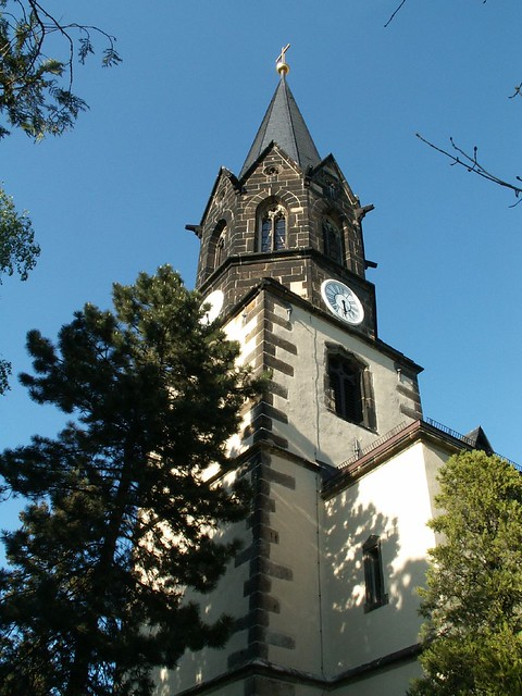Die Kirche im Dorf lassen in Dresden-Kaditz 085