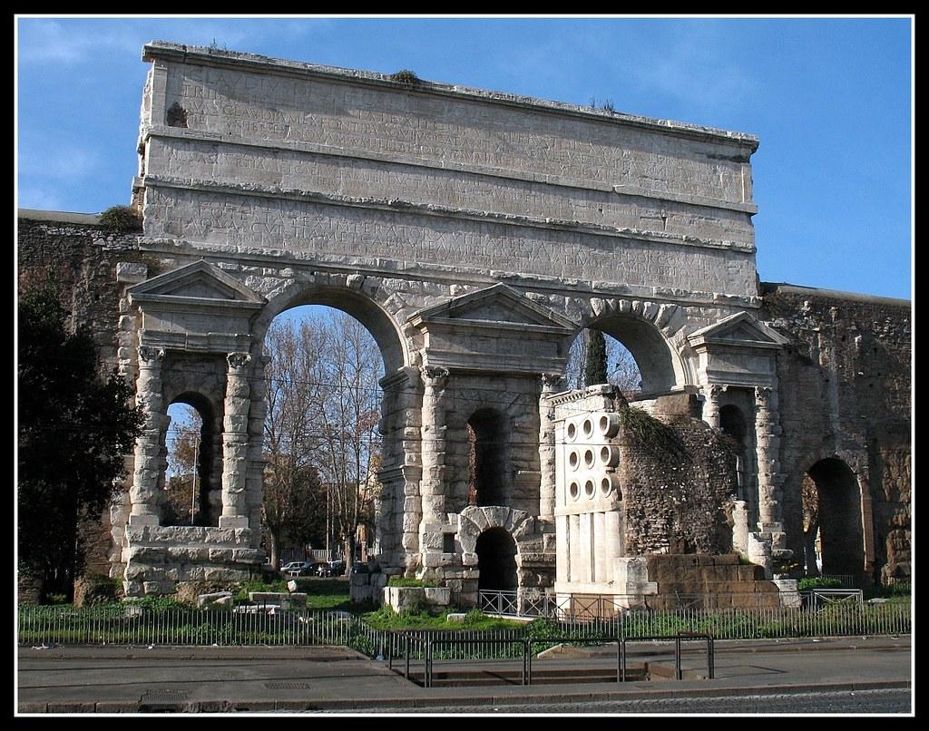 Roma porta maggiore flickr photo sharing for Porta maggiore