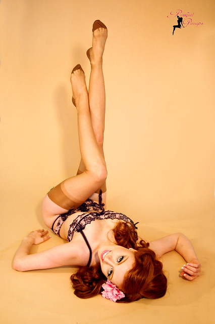 Redhead girl pin up