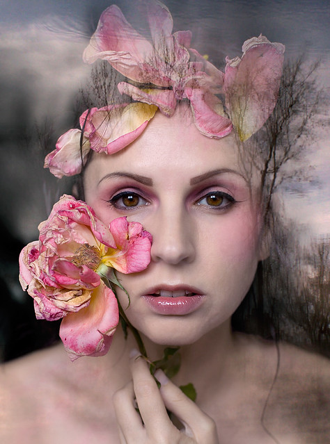 Kirsty Mitchell - Chasing demons ...........
