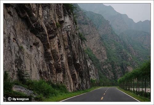 徒步沿河城-幽州-永定河峡谷-垂直层理