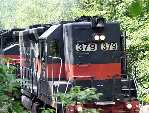 peru train maine tracks engine rail creativecommons panam