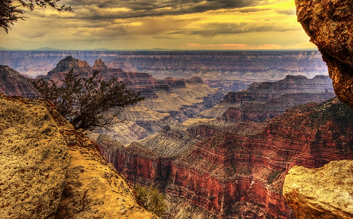 Bright Angel Point (Credit: Wolfgang Staudt on Flickr.com)