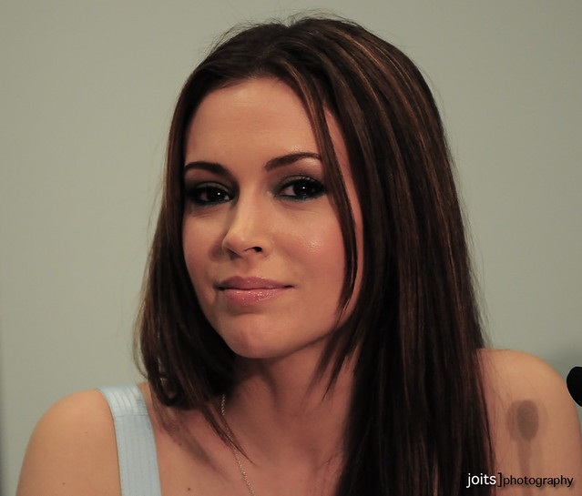 Alyssa Milano Pathology http://www.flickriver.com/photos/joits/tags/pathology/