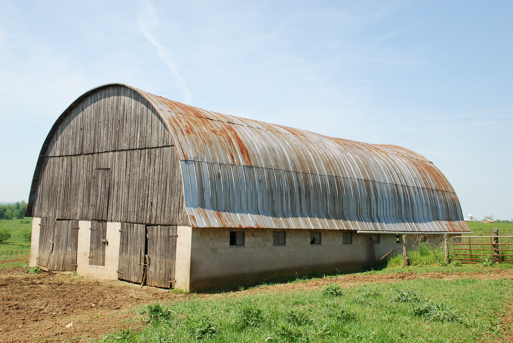 Hip roof barn flickr photo sharing for Hip roof barns