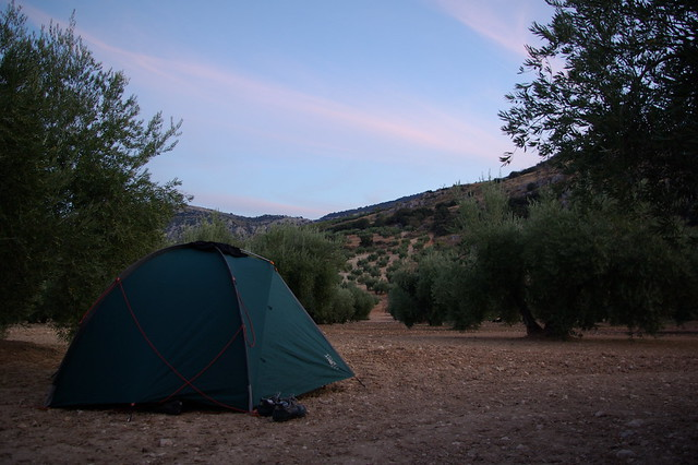 wild camping in Luque
