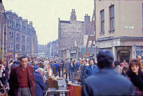 Busy: Cheshire Street Sunday Market, Shoreditch, 1973