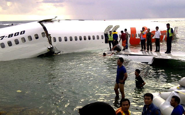 plane_crash_contentfullwidth