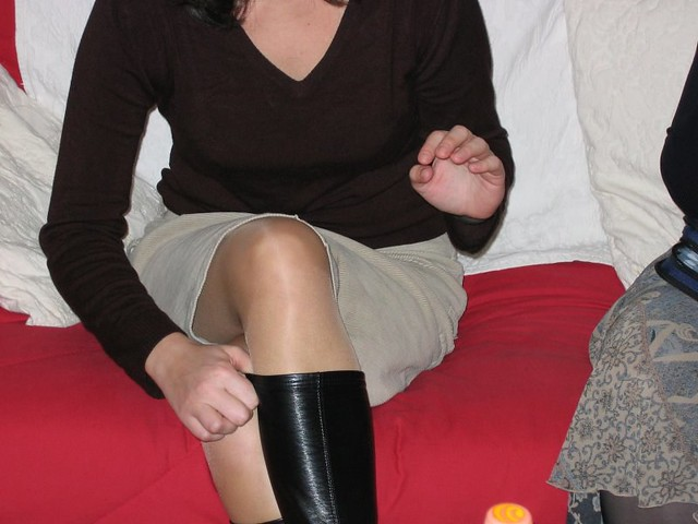 legs in nylon: