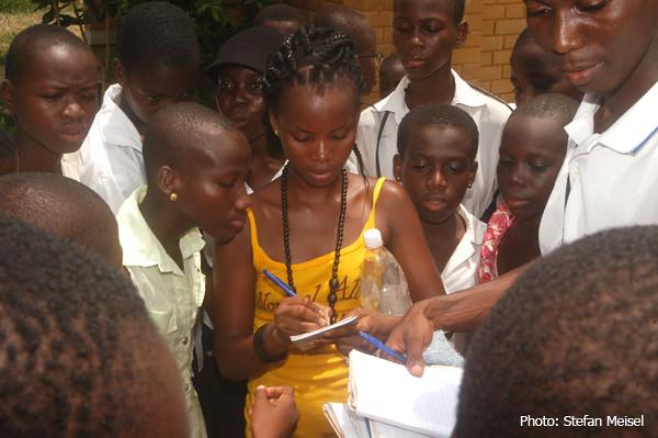 Melaine P. - Prisska, Lycée Jeunes Filles de Yopougon, Abidjan, Côte d'Ivoire, 2.04.2010 (5520)