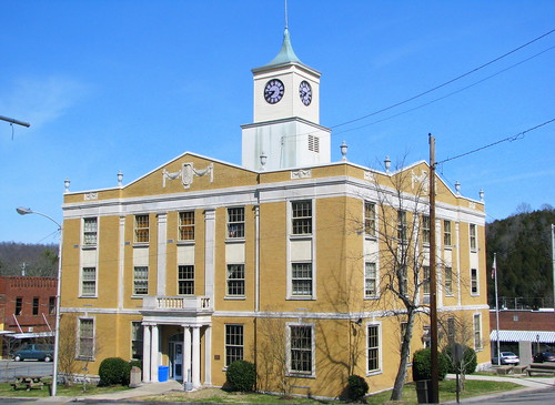 Jackson County Courthouse - Gainesboro, TN