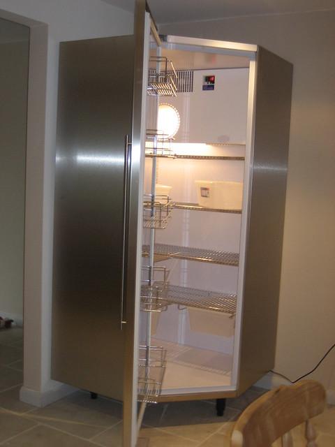 Corner fridge