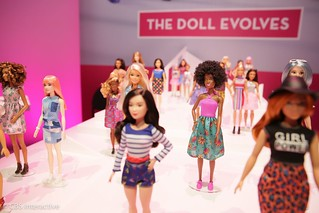 Toy Fair 2017: Barbie Fashionista