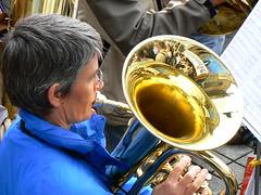 sousaphone(0.0), food(0.0), tuba(1.0), musical instrument(1.0),